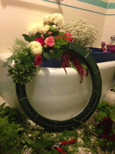 flower-wreath-form